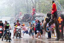 На Сонгкран в Таиланде запретят водные бои на дорогах