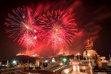 Пхетчабури готовится к фестивалю фейерверков