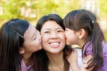 В Таиланде отмечают День рождения Королевы и День матери