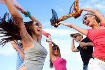 Отель Sai Kaew Beach Resort устраивает два грандиозных фестиваля