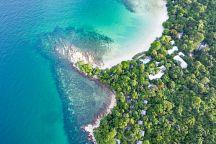 На острове Самед начали кампанию по очистке Мирового океана