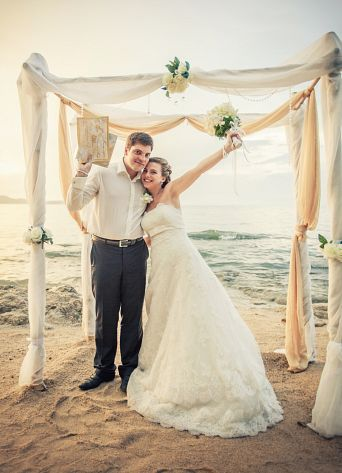 Фото невеста в рот, двойной фаллоимитатор мужа в попу фото